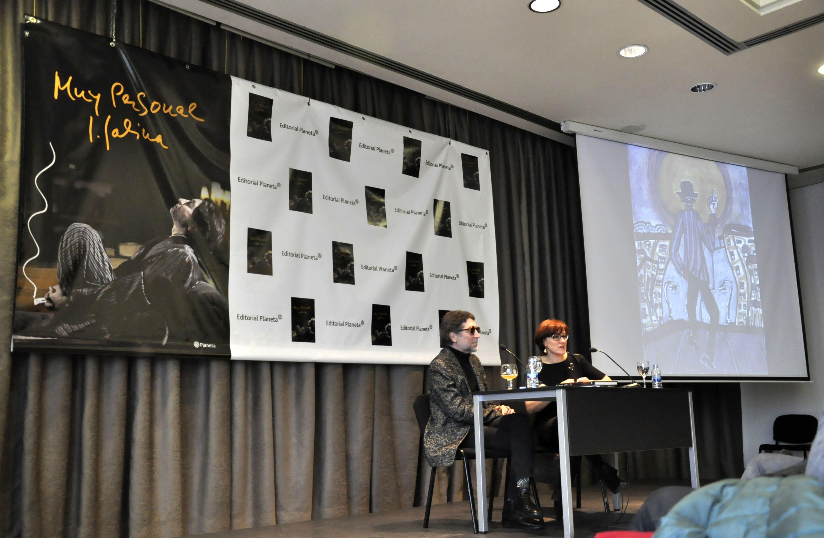 Presentación del libro 'Muy personal', de Joaquín Sabina, en el Círculo de Bellas Artes de Madrid. BF